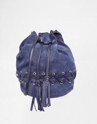 Замшевая сумка с перекрестной отделкой ASOS - Синий