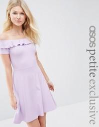 Короткое приталенное платье с открытыми плечами и оборкой ASOS PETITE