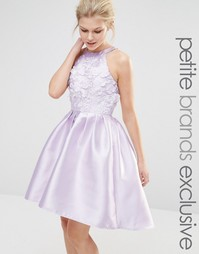 Платье мини для выпускного с аппликацией Chi Chi London Petite