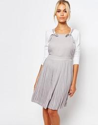 Платье с плиссированной юбкой Fashion Union - Серый