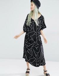 Платье-кимоно с принтом Weekday - Мульти