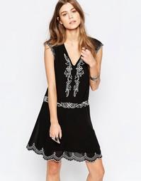 Платье с вышивкой Deby Debo Hambourg - Черный