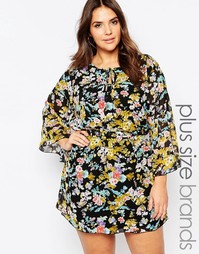 Цельнокройное платье с рукавом‑бабочка и цветами Yumi Plus