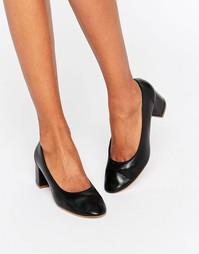 Черные кожаные туфли на среднем каблуке Faith Cassidy - Черный