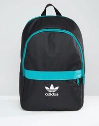 Черный рюкзак с зеленой отделкой adidas Essential - Черный