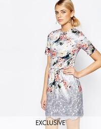 Платье миди с рельефной кромкой Hope and Ivy - Синий принт