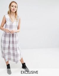 Свободное платье миди без рукавов Reclaimed Vintage - Коричневый