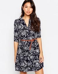 Цельнокройное платье с цветоным принтом и рукавами 3/4 Yumi