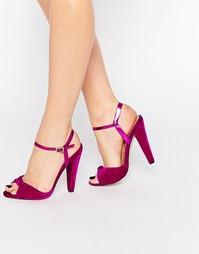 Бархатные сандалии на каблуке с ремешком и узелком Paper Dolls Wilde