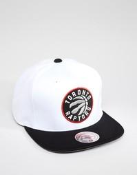 Бейсболка Mitchell & Ness Toronto Raptors - Белый