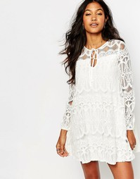 Свободное платье из кружева с завязкой спереди Boohoo - Белый