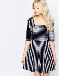 Короткое приталенное платье в полоску Sugarhill Boutique Marcia