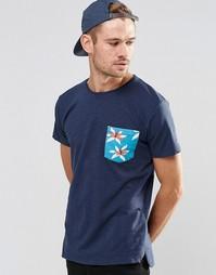 Футболка с контрастным принтом на кармане Esprit - Темно-синий