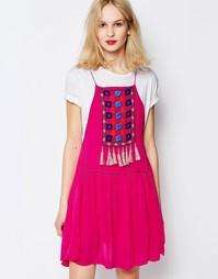 Платье с нагрудной вставкой и кисточками Piper Varacruz - Фуксия