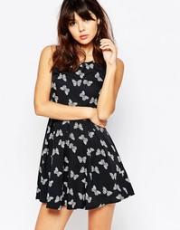 Короткое приталенное платье на молнии с бабочками Mela Loves London