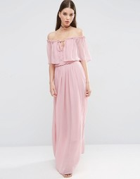 Платье макси с открытыми плечами и рюшами ASOS - Розовый