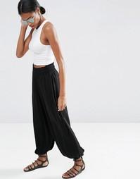 Трикотажные гаремные брюки со сборками ASOS - Черный