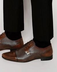 Коричневые кожаные туфли дерби со вставкой на носке ASOS - Коричневый