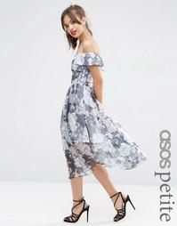 Темно-синее платье миди из органзы с открытыми плечами и цветочным при Asos Petite