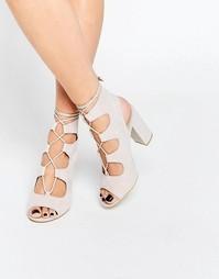 Сандалии телесного цвета на квадратном каблуке Public Desire Faye Ghil
