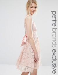 Кружевное платье с атласным бантом и глубоким вырезом John Zack Petite