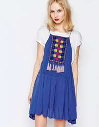 Платье с нагрудной вставкой и кисточками Piper Varacruz