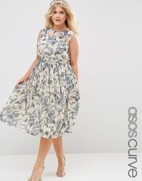 Платье миди с принтом и присборенной вставкой ASOS CURVE WEDDING