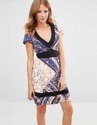 Платье мини с цветочным принтом Millie Mackintosh - Синий принт