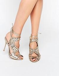 Золотистые сандалии на каблуке с лазерной отделкой KG By Kurt Geiger H