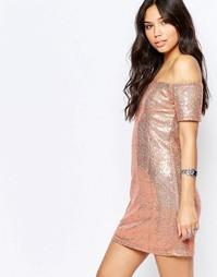Облегающее платье с открытыми плечами Glamorous - Розовое золото