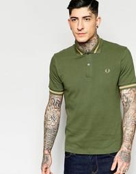 Зеленая футболка-поло классического кроя с контрастной отделкой Fred P