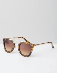 Солнцезащитные очки с переносицей в черепаховой оправе Jeepers Peepers