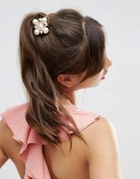 Брошь для волос ограниченной серии с отделкой в виде цветка - Золотой Asos