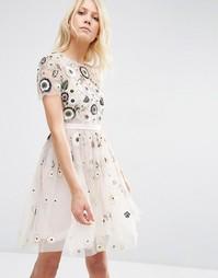 Платье из тюли с отделкой и кружевом Needle & Thread