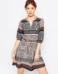 Платье с V‑образным вырезом, рукавами 3/4 и принтом Yumi - Мульти