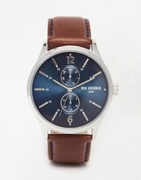 Часы с кожаным ремешком и темно-синим циферблатом Ben Sherman Spitalfi