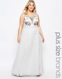 Платье макси с разрезом и цветочной отделкой Chi Chi London Plus