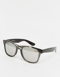 Квадратные солнцезащитные очки в полосатой оправе Jeepers Peepers