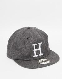Шерстяная классическая кепка HUF x New Era - Серый