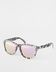 Квадратные солнцезащитные очки со змеиным принтом ASOS - Черный