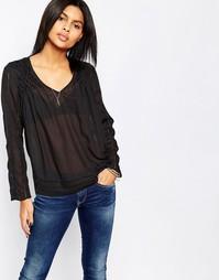 Черная блузка с присборенной отделкой на плечах Pepe Jeans