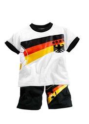 Футболка + шорты, (комплект из 2-х изделий) (Германия) Bonprix