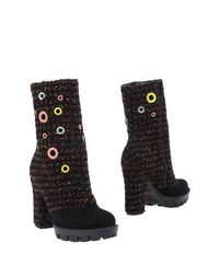 Черные Полусапоги и высокие ботинки Kristina TI