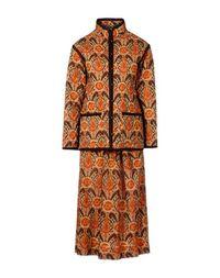 Классический костюм Valentino Couture