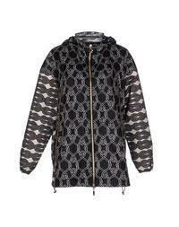 Легкое пальто Moncler Gamme Rouge
