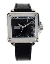 Наручные часы Moschino Cheapandchic