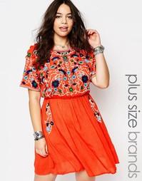 Короткое приталенное платье с вышивкой в народном стиле Alice & You
