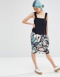 Шелковое платье с абстрактным принтом ASOS WHITE - Мульти