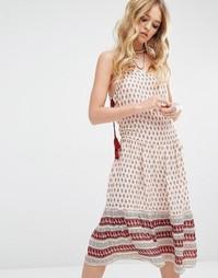 Платье миди с принтом по краю и завязками по бокам Glamorous - Мульти
