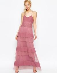 Платье макси с ярусной кружевной отделкой ASOS Premium